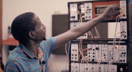 Bamanya Brian DIY Modular, in Afrika