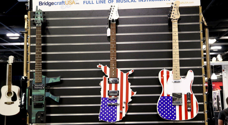 NAMM 2019: patriotische Gitarren