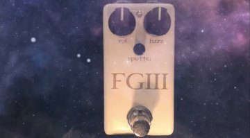 Red Witch Fuzz God III Effekt Pedal Front