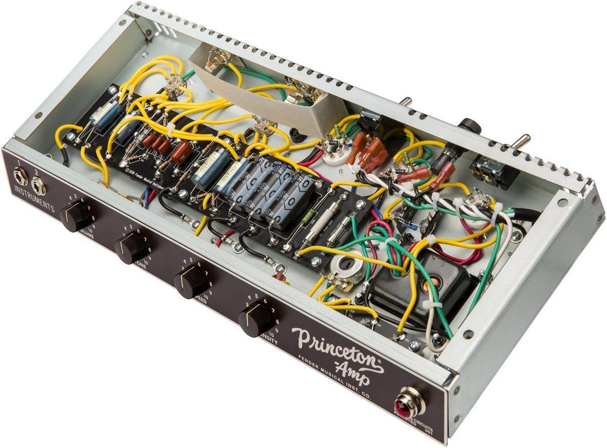 Fender-'62-Princeton-Chris-Stapleton-Edition-hand-wired