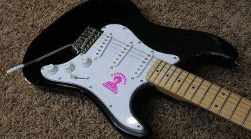 Gibson-Jimi-Hendrix-Signature