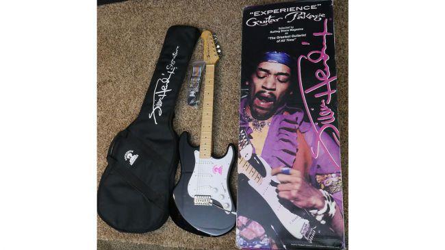 Gibson-Jimi-Hendrix-Signature-bundle