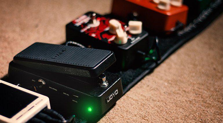 Das Joyo Audio Wah-I CLASSIC WAH im Einsatz auf dem Pedalboard.