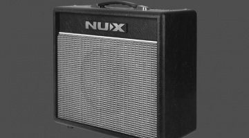 NUX-Mighty-BT20-Bluetooth-practise-amp