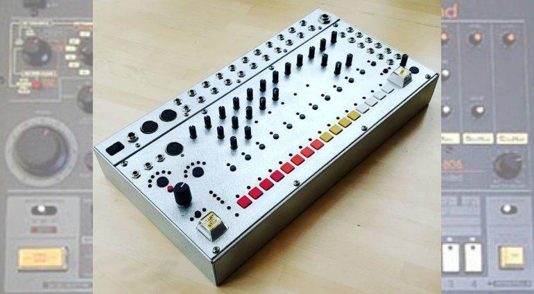 System80 880