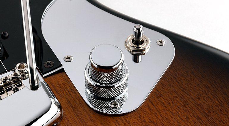 Ernie Ball Music Man StingRay Guitar Artist Series Dustin Kensrue Thrice Signature E-Gitarre Poti