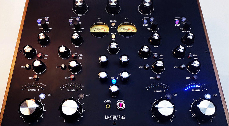 Superstereo DN44 und DN48 DVS bringen Rotary Mojo und audiophilen Sound