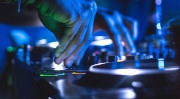 Pioneer DJ ist einer der größten Hersteller auf dem DJ-Markt