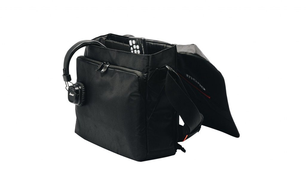 MONO Relay Messenger Bag