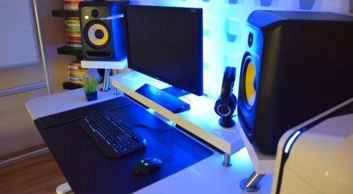Studiotisch aus Ikea-Teilen zusammenbauen