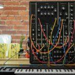 Moog Model 10 – das kleinste Modularsystem von Moog ist (erstmals) wieder da.