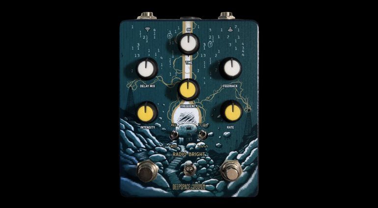 Deep-Space-Devices-Radio-Bright-Ring-Modulation-and-Lo-Fi-Delay-pedal