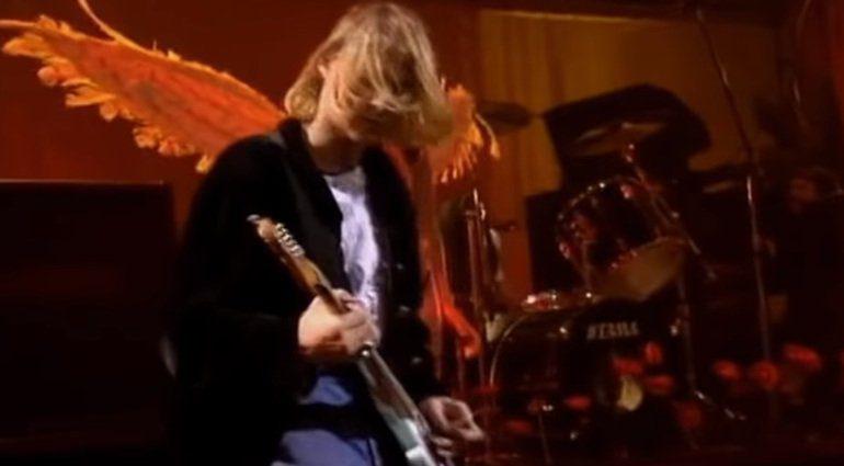Kurt Cobain Nirvana Engel Fluegel Mustang