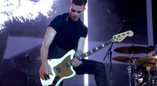 Fender Mike Kerr Jaguar Signature Bass Royal Blood White