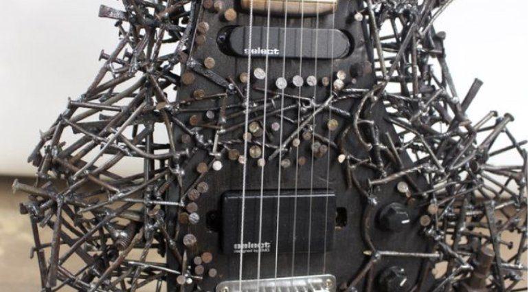 Tetanuscaster Guitar Nails 1