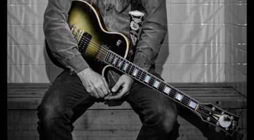 Adam Jones Tool Gibson Les Paul Signature Silverburst