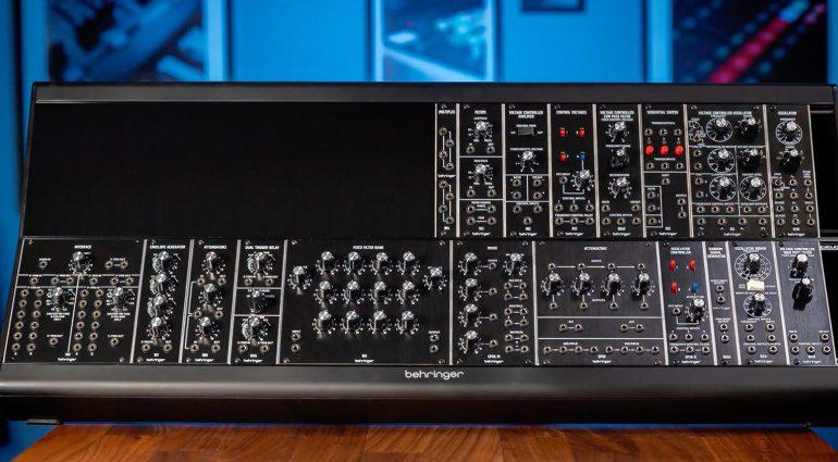 Behringer System 55 und andere Moog-Klassiker