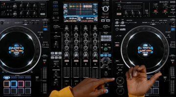 Pioneer Standalone-Mixstation XDJ-XZ ist nun Serato (DVS) kompatibel