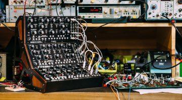 Moog Mother-32 Firmware 2.0