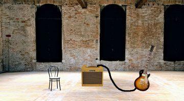 Minimalismus Gitarre Amp Leerer Raum
