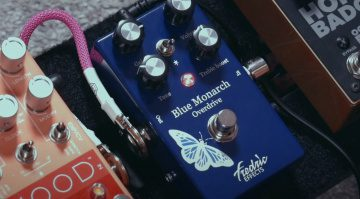 Frederic Effects Blue Monarch Effekt Pedal 1