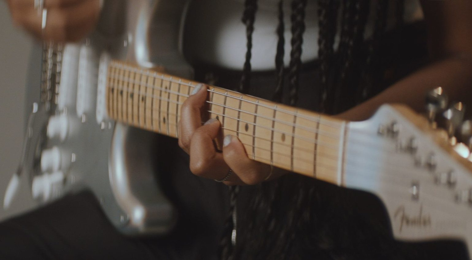 Fender HER Signature Stratocaster