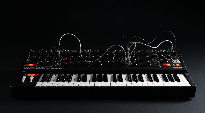 Moog Dark Series