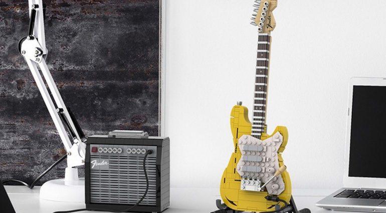 LEGO Legendary Stratocaster und Amp
