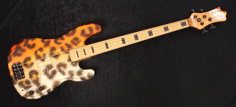 Bite Guitars Pussycat Bass