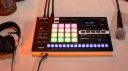 Roland VERSELAB MV-01: All-in-one Songwriting Maschine mit ZEN