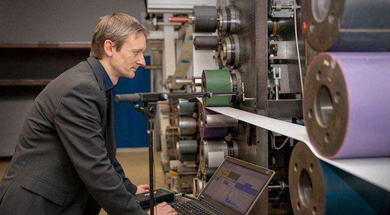 Rolle-zu-Rolle-Druckmaschine für T-Paper