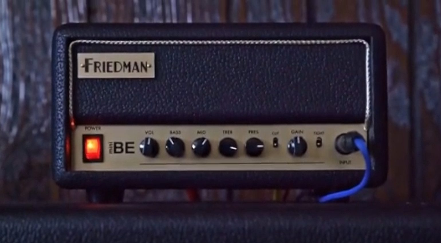 Friedman BE-MINI Verstaerker Amp Head Leak Transistor