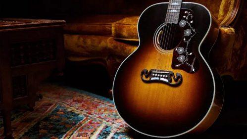 Noel-Gallagher-Gibson-J-150-acoustic