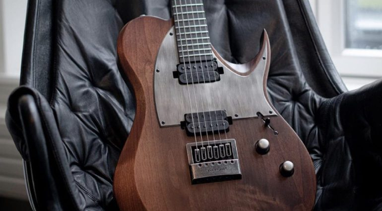 Solar-Guitars-T1.6-AN-a-T-style-distressed-look-shredder
