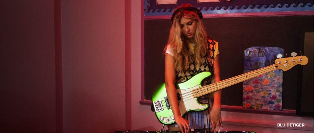 Player Plus Precision Bass