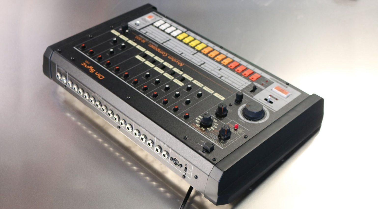 Din Sync RE-808