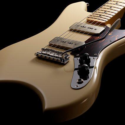 Fender-Daiki-Tsuneta-Swinger