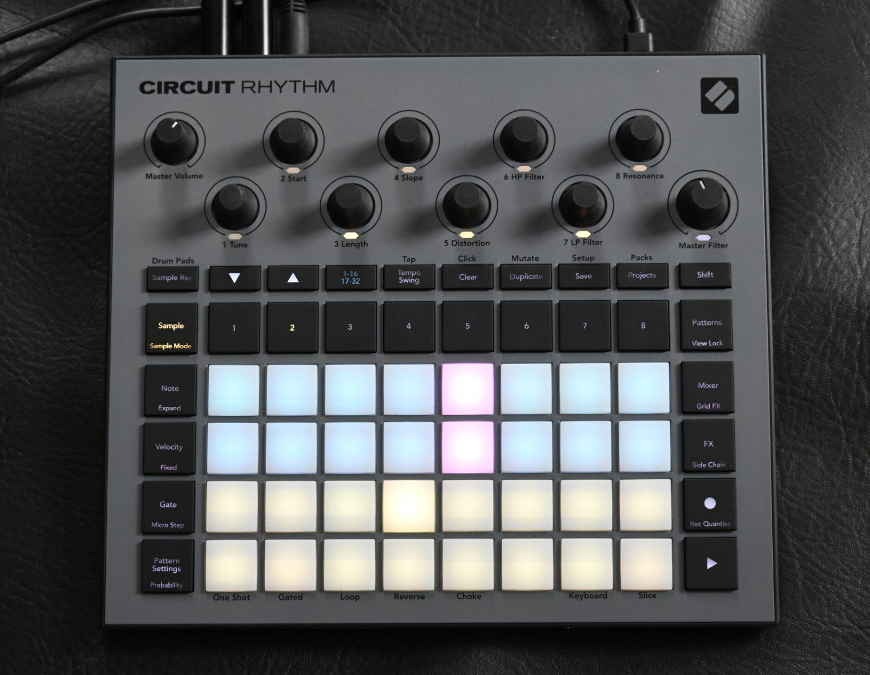 Novation Circuit Rhythm Vollansicht