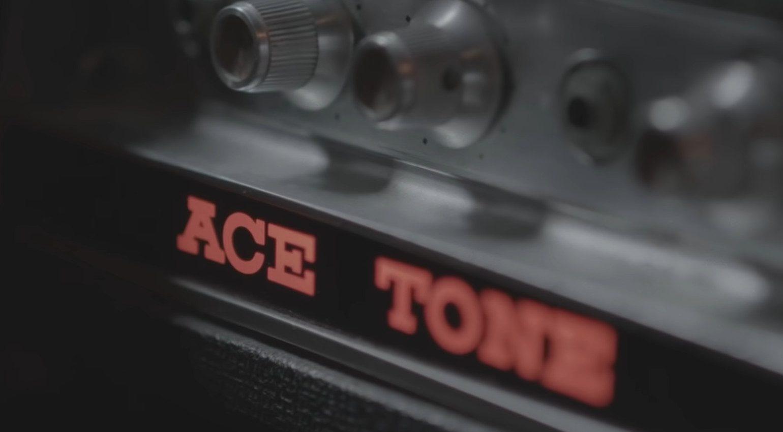Fender Adrian Younge Jazz Bass Ace Tone Fuzz