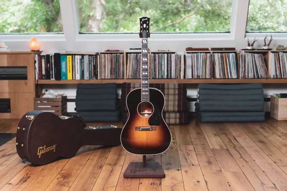 Gibson Nathaniel Rateliff signature LG 2 Western Front