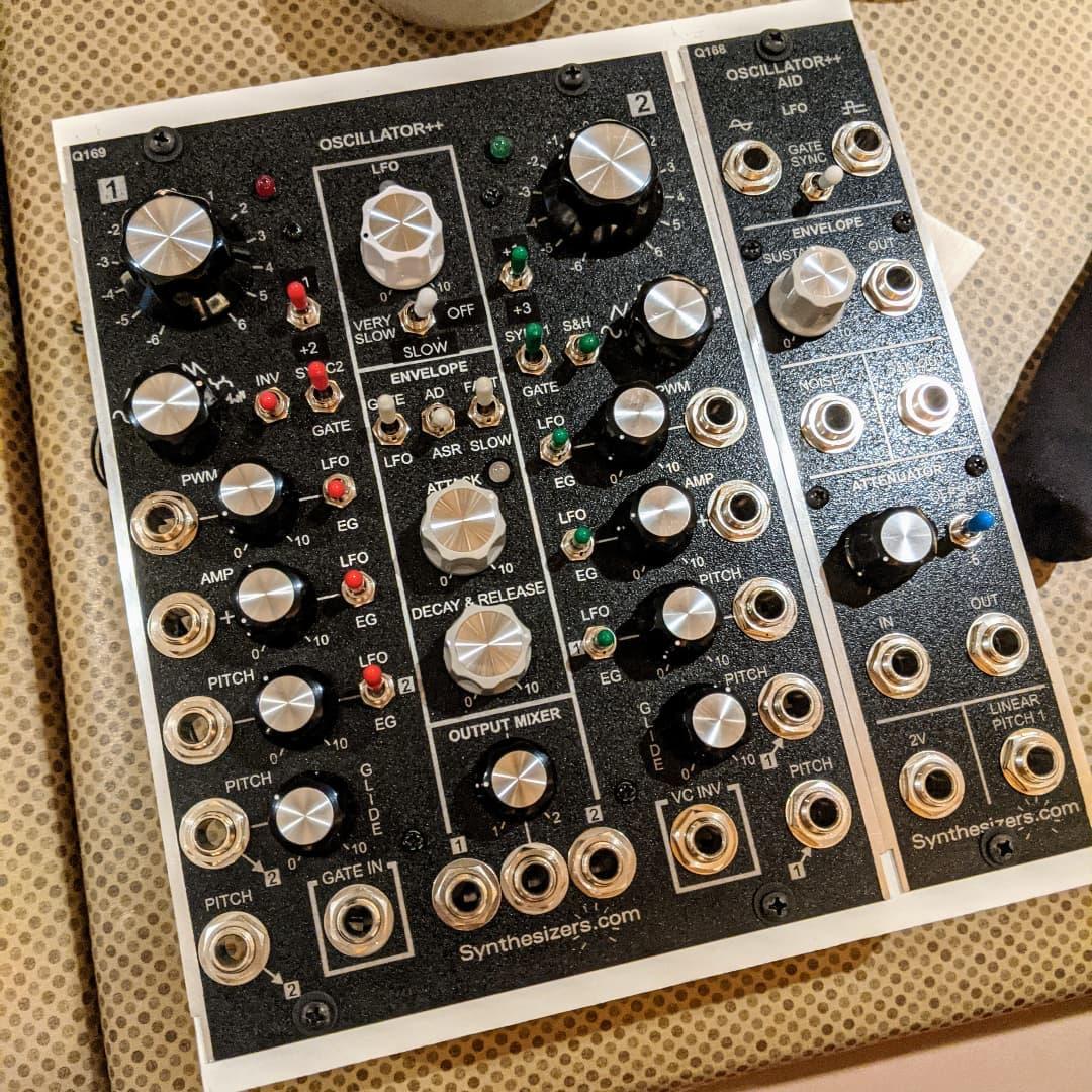 synthesizers_com-oscillator++ Q169 + Q168